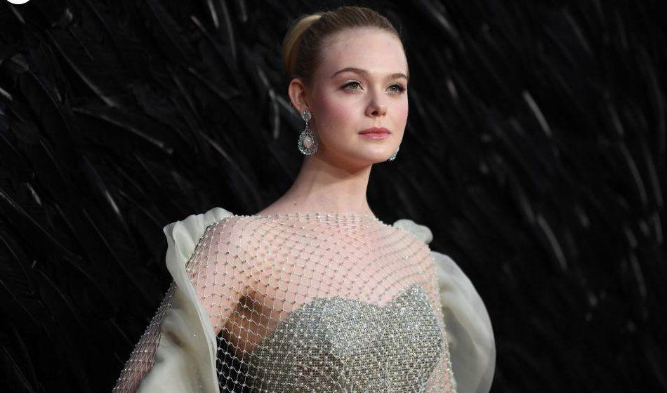 Elle Fanning The Adorable Baby Doll Somag News