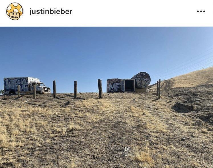Justin Bieber can release music and music video with Big Sean - Somag News