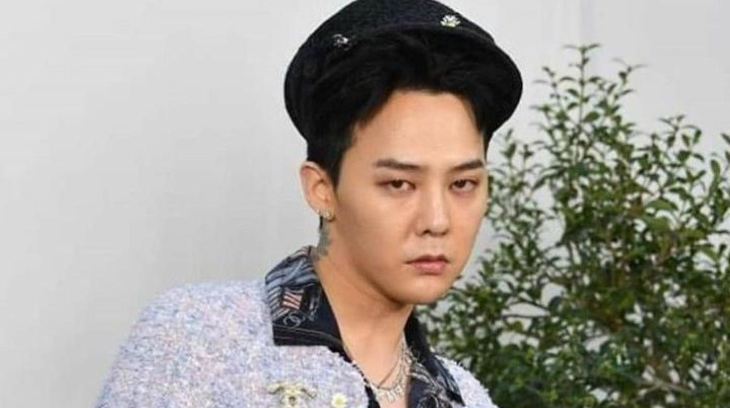 G Dragon Hits With His Style In The Chanel Parade Somag News