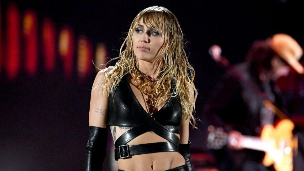 Miley Cyrus is back soon: she is trying a new project! - Somag News