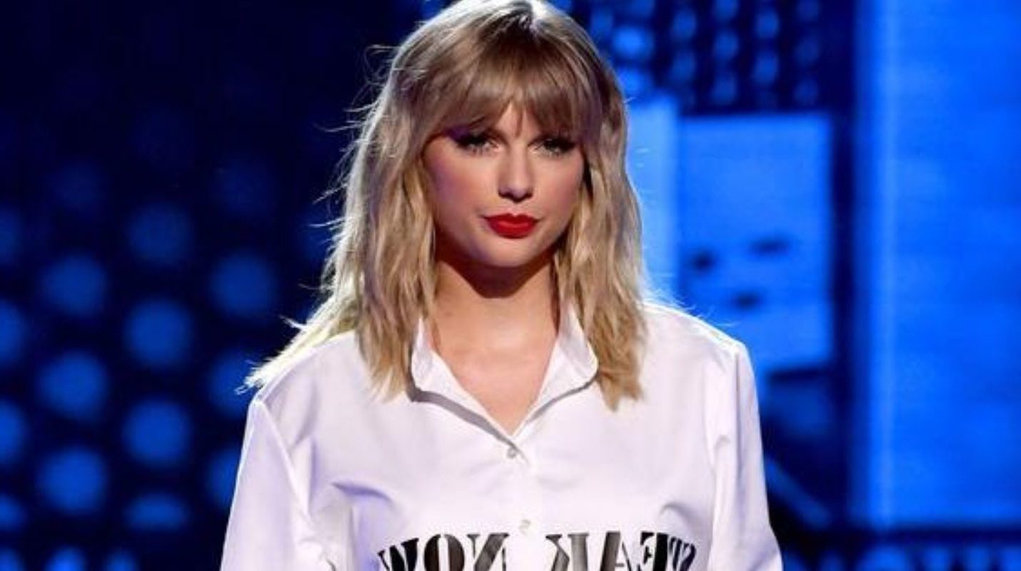 Taylor Swift dresses up as 'The Man' in new music video