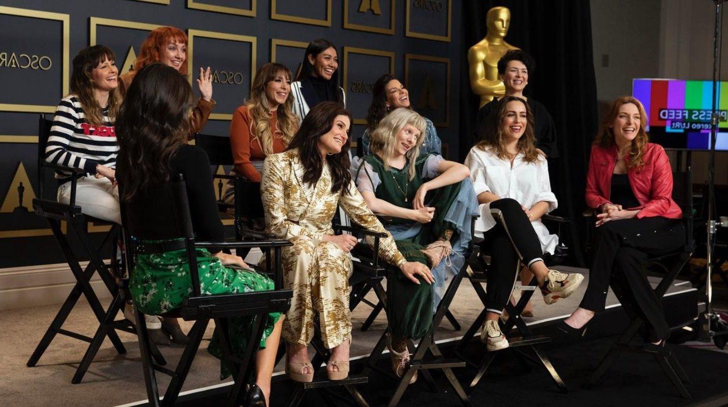 Idina Menzel Leads International Frozen Ballad at Oscars - Watch and Grade It