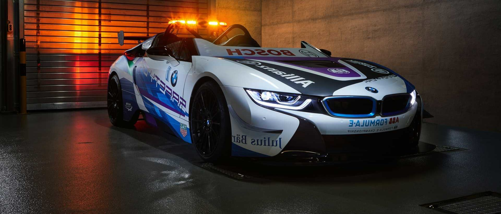 BMW Introduces New i8 Safety Tools to Be Used in Formula E - Somag News