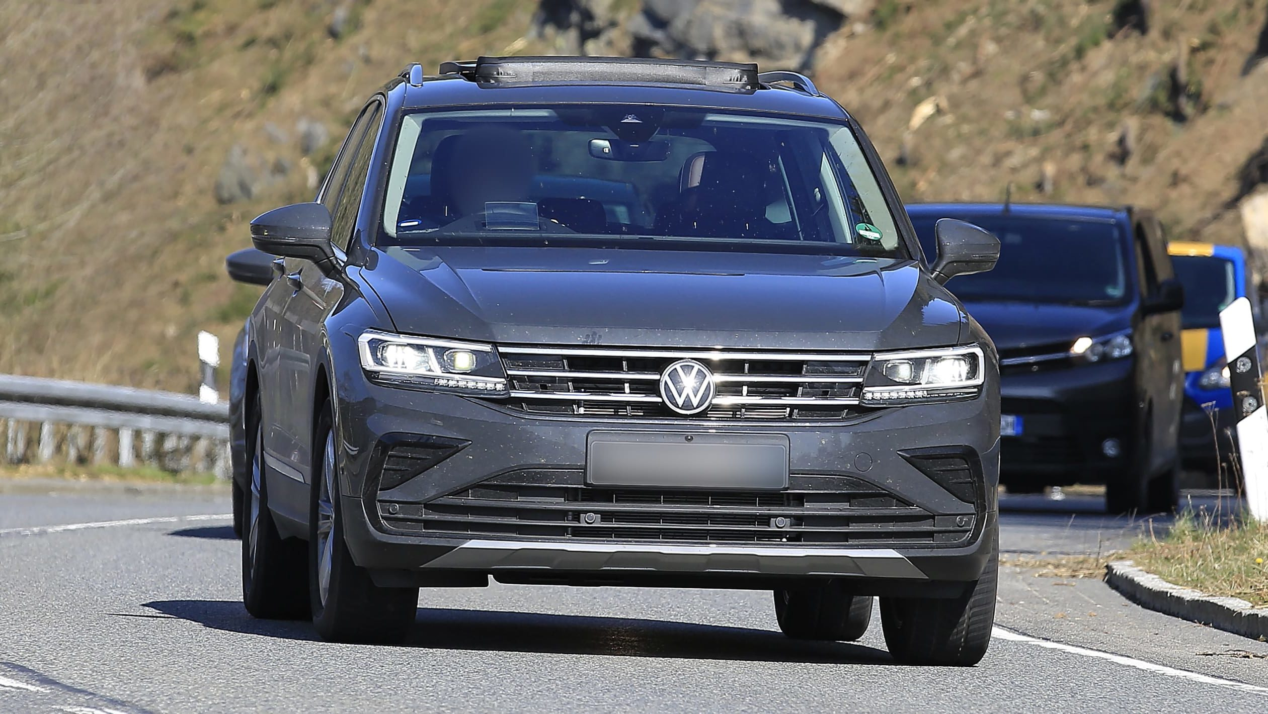 2021 VW Tiguan Concept and Review