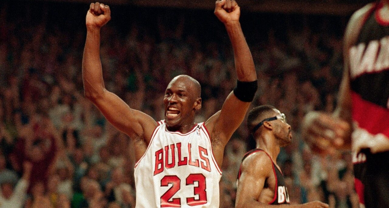 Karl Malone's eye-opening 2019 comments about Michael Jordan