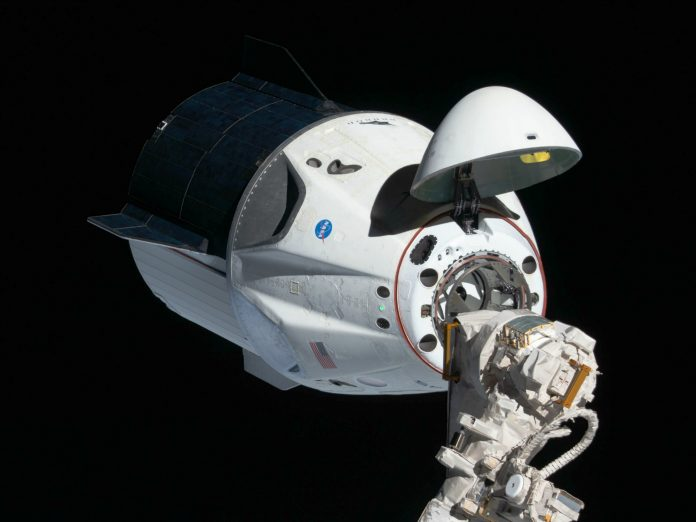 - SpaceX 5 696x522 - SpaceX Crew Dragon Capsule Toilet Gets Refurbished For Space Tourists